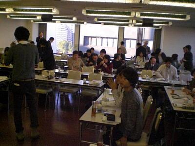 リターナブルびん普及プロジェクト関西集会に参加しました!2009年11月7日『関西活動本部』 _c0206588_17272692.jpg