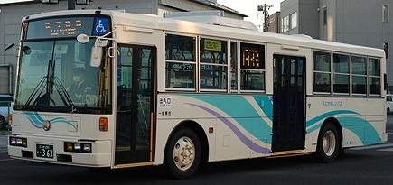 関東自動車の富士7E低床車 3題_e0030537_23521941.jpg
