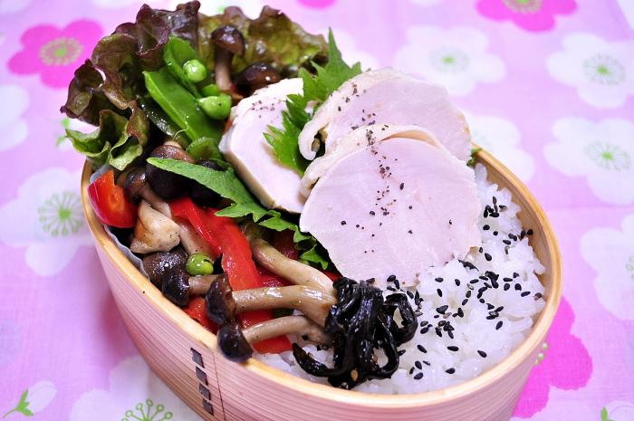 春の鶏ハム弁当♪_b0171098_751862.jpg