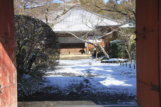 雪の常照寺_e0048413_22543562.jpg