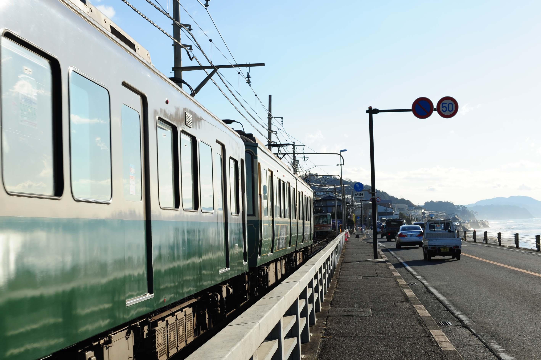 電車の行方_e0157647_2214590.jpg