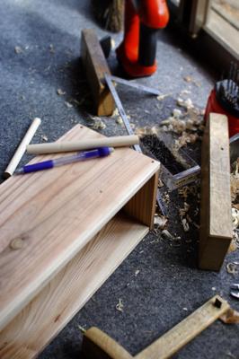 調味料を置く箱のような棚を作る_c0110869_1430582.jpg