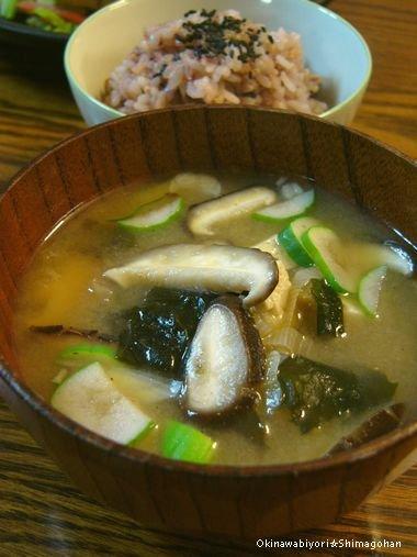 お肉少なめでも満足 Σd(ゝ∀・) 豆腐ステーキ焼き肉のっけ♪_c0139375_14404065.jpg