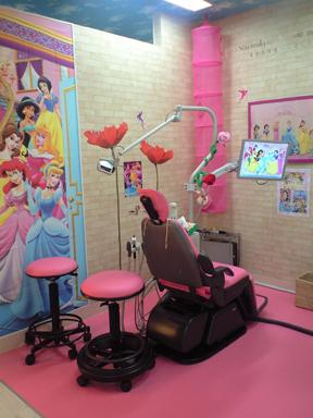 はじめての歯医者さん_f0179528_0121056.jpg
