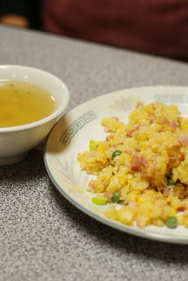 大好きな中華料理屋さん來來(らいらい)_c0165636_0351261.jpg