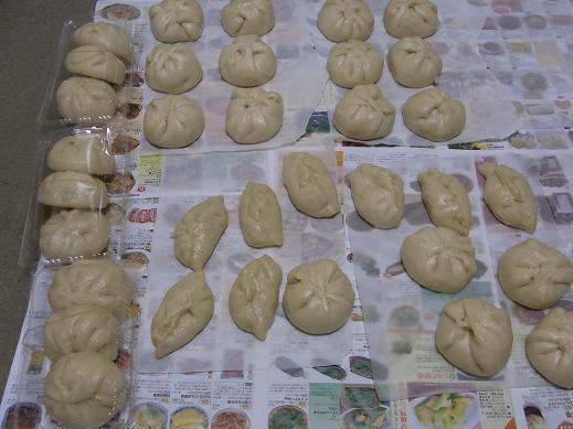 肉まん作り_e0108897_23202647.jpg