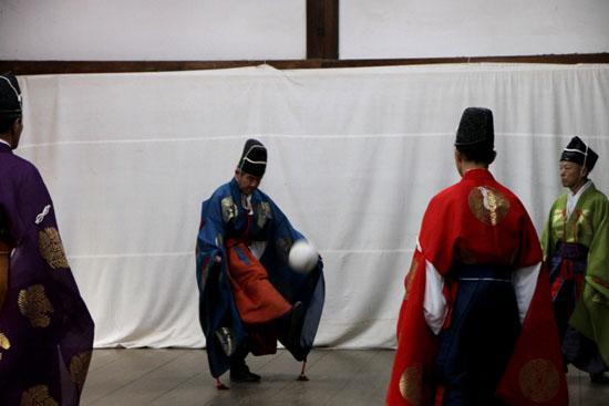 けまり 上賀茂神社_e0048413_2136071.jpg