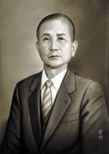 コンテ擦筆肖像画の注文は肖像画の益子へ_b0174462_16462963.jpg
