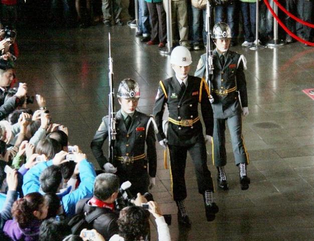 ■台湾の儀仗兵_e0094583_13501690.jpg