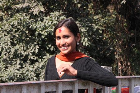 ネパールを歩く1、ポカラ ヒンドゥバシニ寺院など_e0048413_102871.jpg