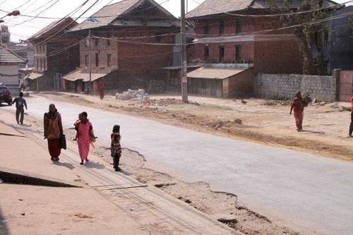 ネパールを歩く2 ポカラ オールドバザール_e0048413_211723.jpg