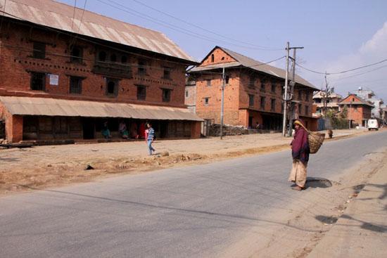 ネパールを歩く2 ポカラ オールドバザール_e0048413_21173198.jpg