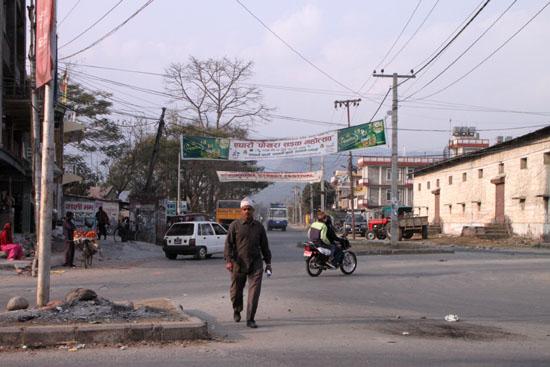 ネパールを歩く3 ポカラの街並み_e0048413_2226351.jpg