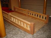 結婚式場の神殿の木橋と披露宴会場の家具をつくりました。_e0157606_18201586.jpg