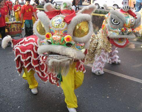 バギオ新春パレード - 中国系コミュニティーのお祭_a0109542_14342490.jpg