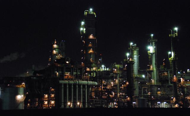工場夜景写真_e0171573_13281621.jpg