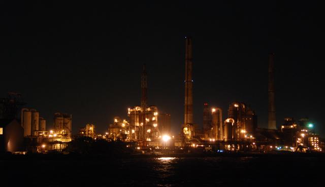 工場夜景写真_e0171573_13282272.jpg