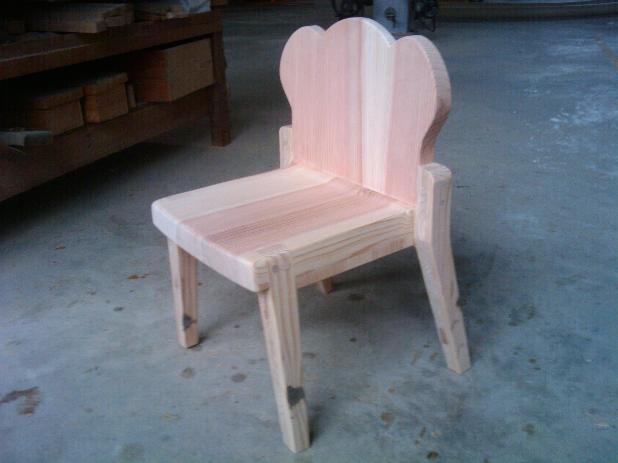 すぎ子供椅子、食パン_f0192307_14174796.jpg