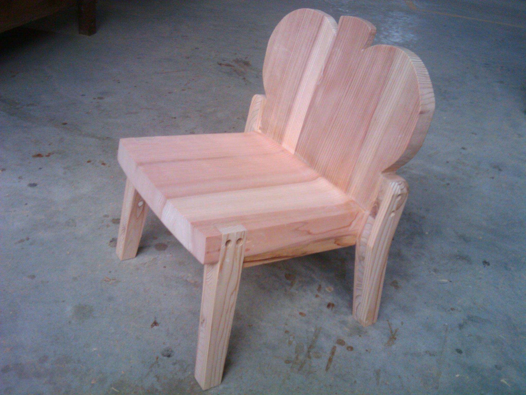 すぎ子供椅子、食パン_f0192307_14294680.jpg