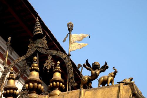 ネパールを歩く6 バクタブルの王宮広場_e0048413_20521215.jpg