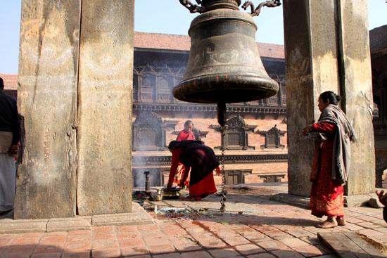 ネパールを歩く6 バクタブルの王宮広場_e0048413_20525553.jpg