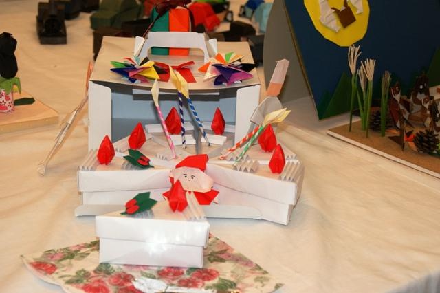 折り紙の展示会_f0138447_9325529.jpg