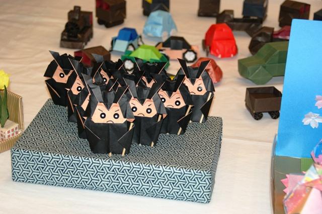 折り紙の展示会_f0138447_933921.jpg