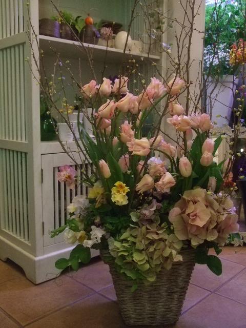 オークリーフ(ウィッティピクチャーと紫陽花のアレンジメント)_f0049672_14444896.jpg