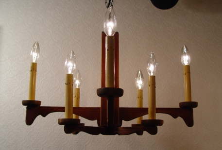 木製・8灯 シャンデリア 古い資生堂の手鏡 入荷!!_a0096367_23144566.jpg