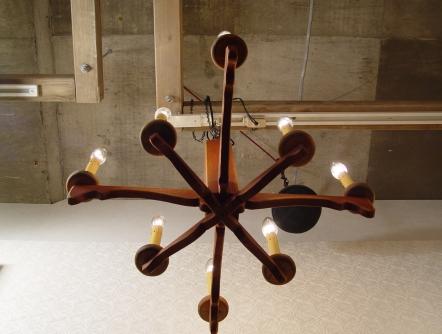 木製・8灯 シャンデリア 古い資生堂の手鏡 入荷!!_a0096367_23144940.jpg