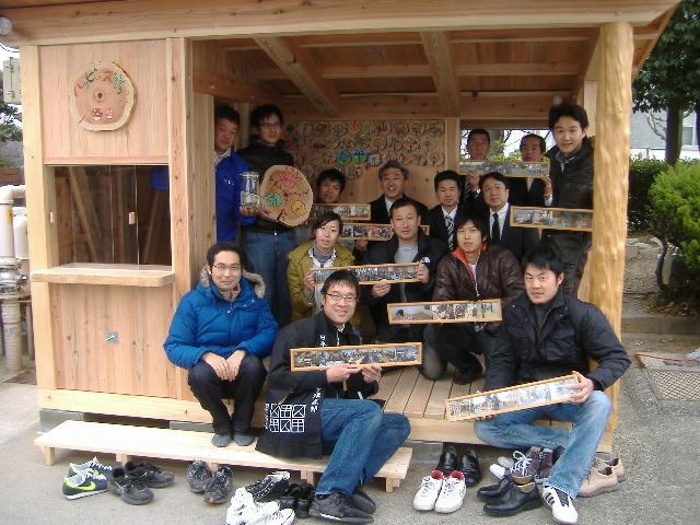 【速報】 佐竹台小学校コミュニティースポット完成!_f0119692_19155372.jpg