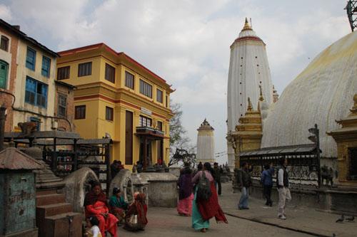 ネパールを歩く 11カトマンドウで_e0048413_2345921.jpg