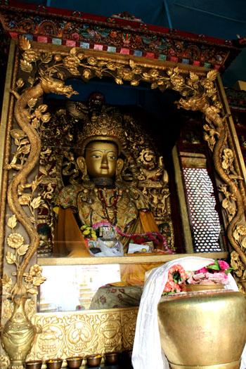 ネパールを歩く 11カトマンドウで_e0048413_235145.jpg