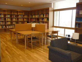 IPMU図書館_c0163819_10162845.jpg