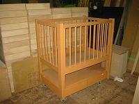 保育園の乳児用ベビーベッドを作りました。_e0157606_2344552.jpg