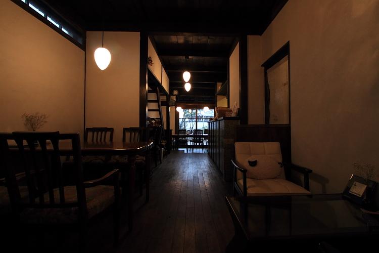 高桐院(大徳寺塔頭)_e0051888_22595286.jpg