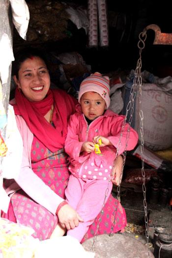 ネパールを歩く カトマンドウ アサン・チョーク_e0048413_21225728.jpg