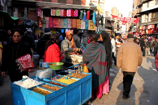 ネパールを歩く カトマンドウ アサン・チョーク_e0048413_21233267.jpg
