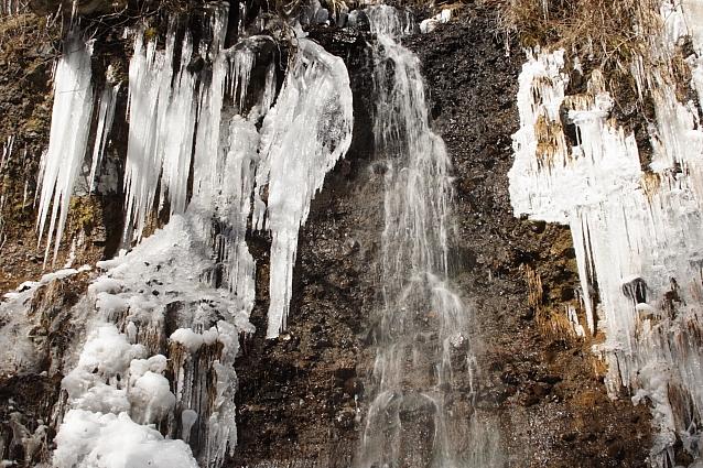 長野・南牧村の湯川渓谷の氷瀑その3_e0165983_1345880.jpg