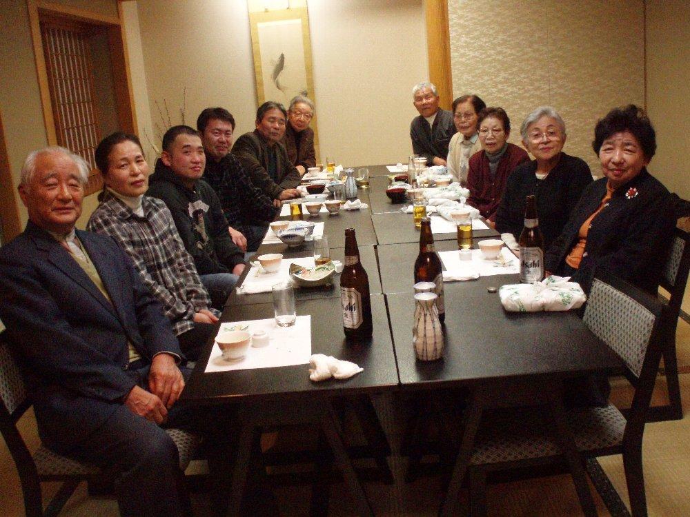 町内会の新年会_e0087201_2230772.jpg