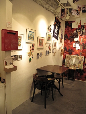 「Letters from Cats」展はじまりました!_b0189039_2343455.jpg