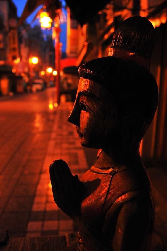 南京町の朝_d0148541_19581251.jpg