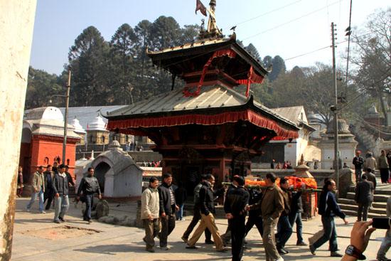 ネパールを歩く 17 パシュパティナート_e0048413_21242070.jpg