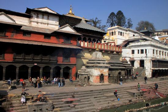 ネパールを歩く 17 パシュパティナート_e0048413_21243497.jpg