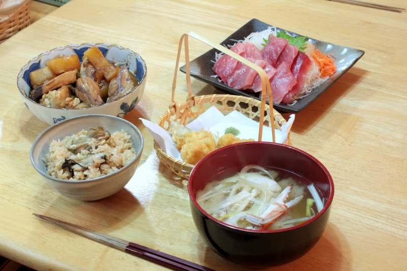 海鮮料理の店 魚まこ <UOMACO>_f0100825_8382032.jpg