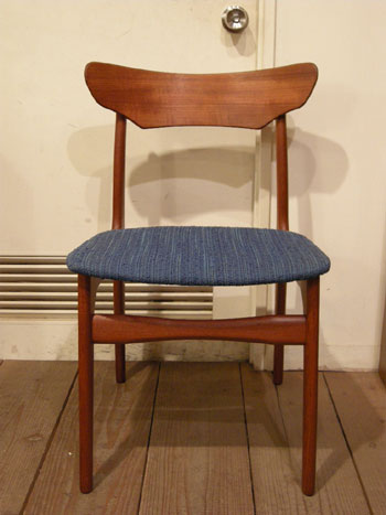 Chair (DENMARK)_c0139773_18534316.jpg