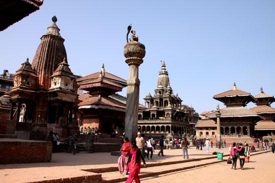 ネパールを歩く 19 パタン_e0048413_20392071.jpg