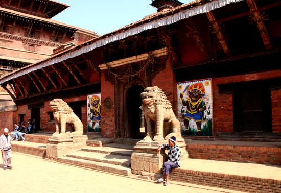 ネパールを歩く 20 パタンの旧王宮_e0048413_21253662.jpg