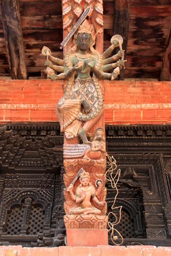 ネパールを歩く 20 パタンの旧王宮_e0048413_21264074.jpg