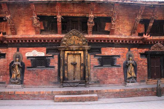 ネパールを歩く 20 パタンの旧王宮_e0048413_212696.jpg
